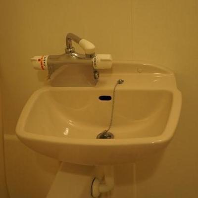 浴室内に洗面台です