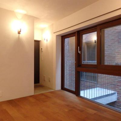 左官仕上げの壁です※写真は別部屋です。