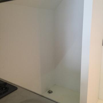 キッチン後ろに洗濯機置場 ※写真は前回募集時のものです