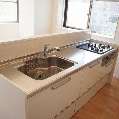 キッチンは広くて使いやすい