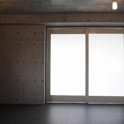 テラスを閉めて、一部屋にすることも可能!