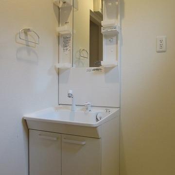 使いやすそうな独立洗面 ※写真は前回募集時のものです