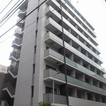 ピシッとずしっと佇む鉄筋コンクリートマンション