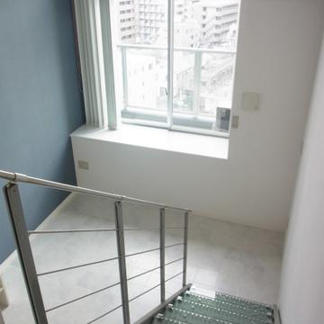 階段の上から