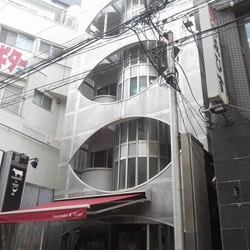 この建物見たことありますよね!恵比寿ですよ恵比寿!