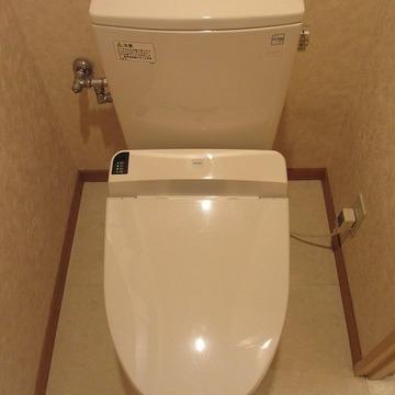 トイレはキレイでございます