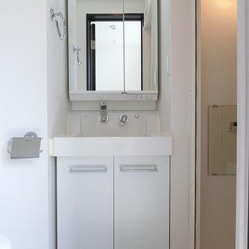 もちろん洗面台もありますよ!