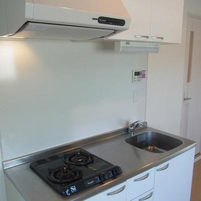 キッチンはスマートサイズ