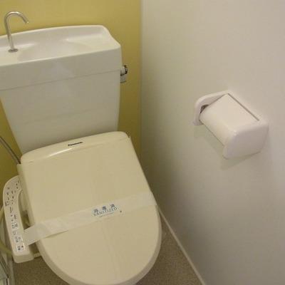 お手洗いはしっかり手が洗えるタイプ