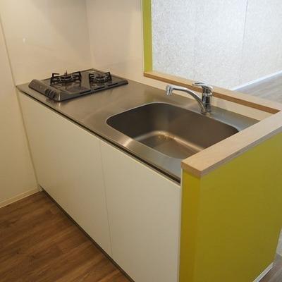 キッチンは対面式!