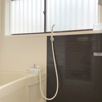 疲れた日にはゆっくりお風呂に浸かってくださいね。