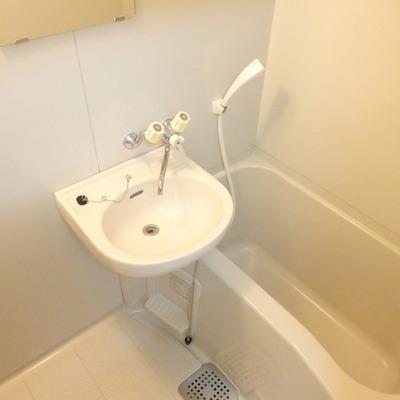 洗面台とお風呂は一緒のパターン