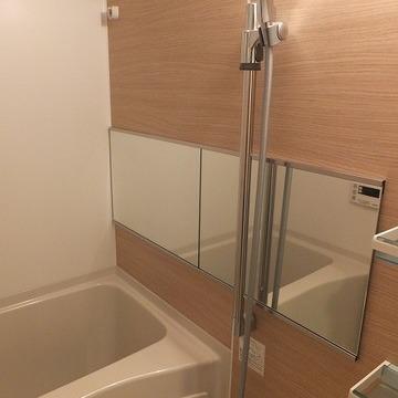 浴室乾燥、追焚機能付き。