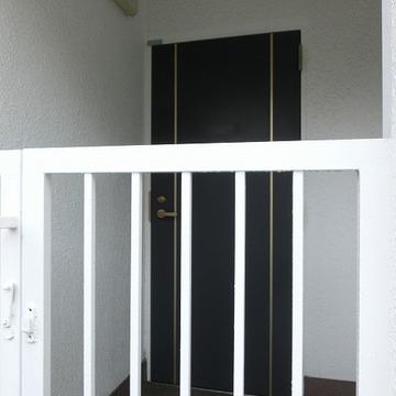 玄関はこんな感じですね