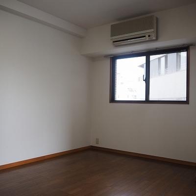 9.8帖の寝室