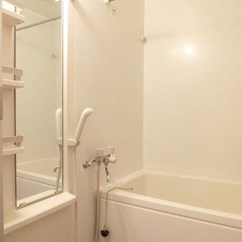 シンプルなお風呂。※前回募集時の写真