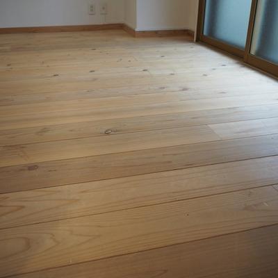 白木無垢床!