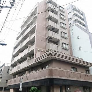 9階建てのしっかりとしたマンション。※写真は前回募集時のもの