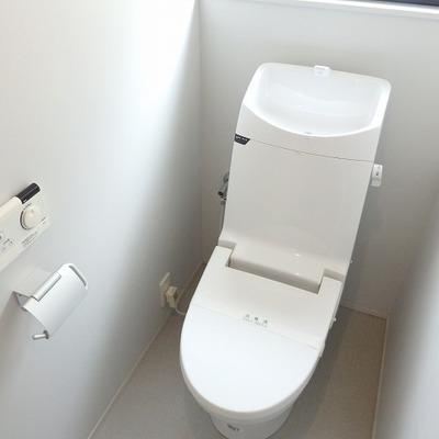 トイレは機能も充実。