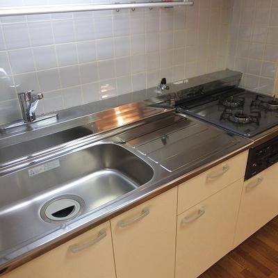 キッチン新設!広くて使いやすそう。