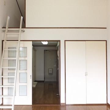 三角天井部屋