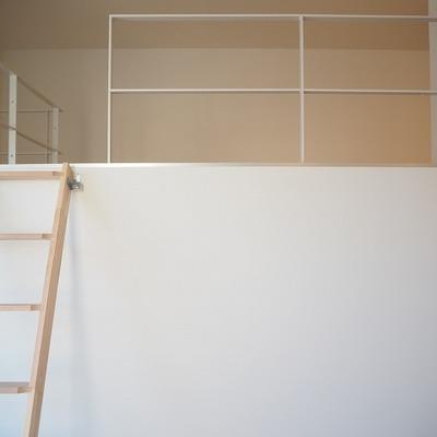 小さな階段 ※写真は前回募集時のものです