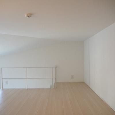 天井はそれほど高くないですが落ち着く空間ですね ※写真は前回募集時のものです