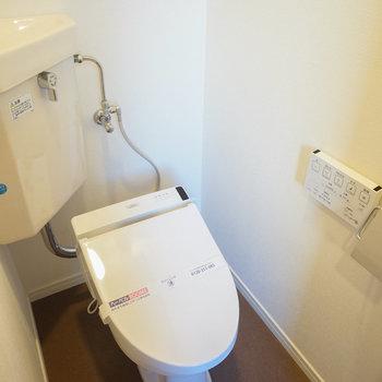 個室のトイレにウォシュレットを♪※写真は前回募集時のものです