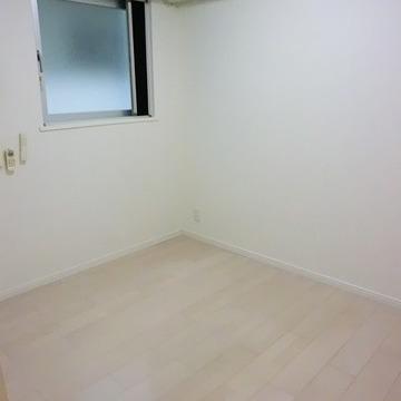 こちらは洋室です。