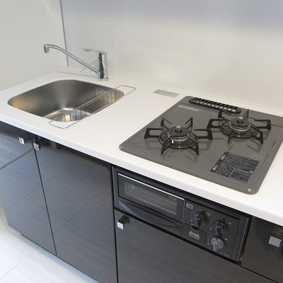キッチンは2口ガスコンロ。