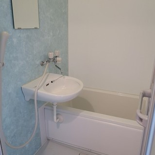洗面台とセットの2点ユニット