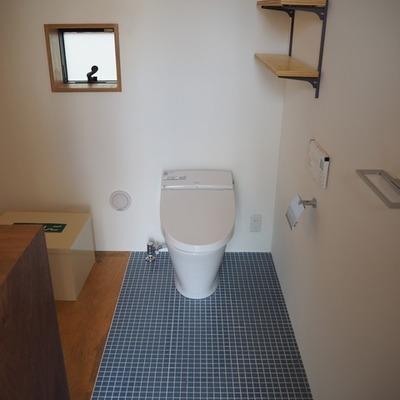 玄関をあけるといきなりトイレ