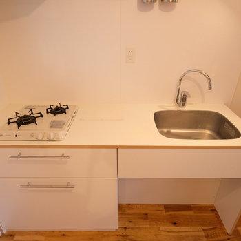キッチンも作業台が大きくて嬉しい!※写真はクリーニング中