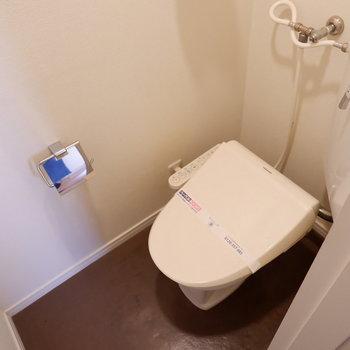 トイレはウォシュレットが嬉しいものに♪