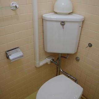 トイレも充分な広さがありました