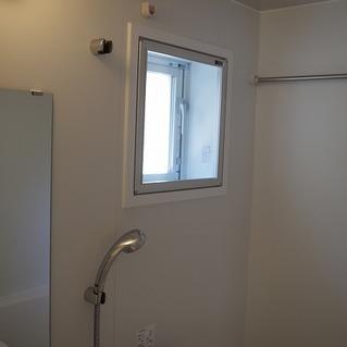 お風呂に窓がついているのが嬉しいです!