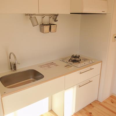 キッチンはTOMOSオリジナルの2口ガスコンロ※画像はイメージ