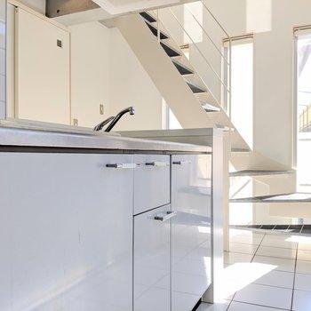 【下階】キッチンからの眺め