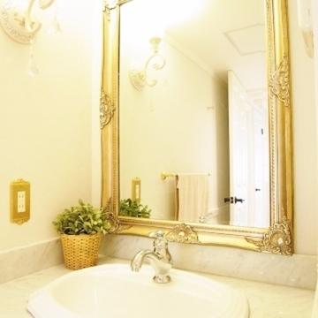 この鏡に惚れ惚れ。
