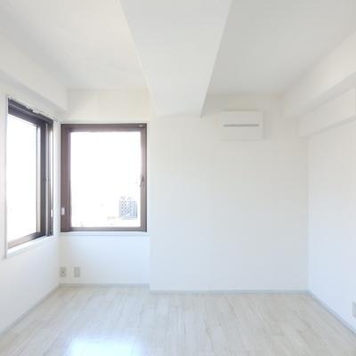 白を基調とした清々しい空間。