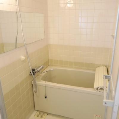 お風呂には横長鏡を【写真は前回募集時のものです】