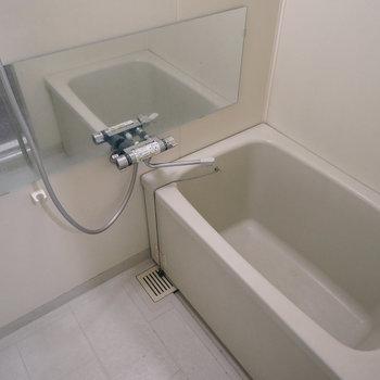 お風呂はユニットで掃除も楽!