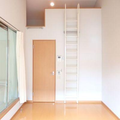 普段はここに階段をかけておきましょう。