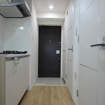 キッチン兼廊下
