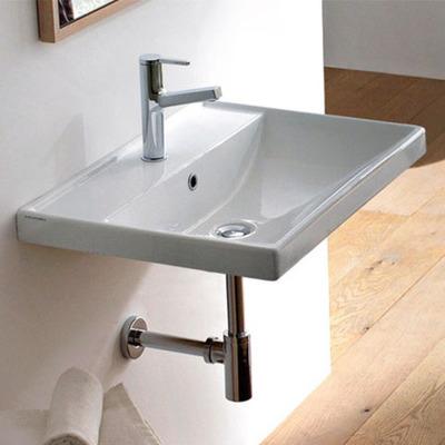 洗面台はいつでも使いやすい場所に※写真はイメージ
