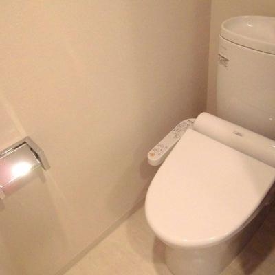 トイレも独立してますよ〜