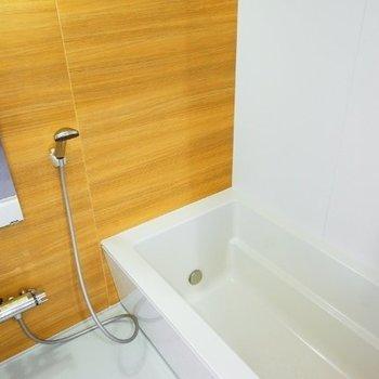 お風呂もお部屋の雰囲気に合わせたナチュラルテイスト◎
