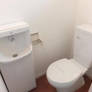 トイレは個室!!!