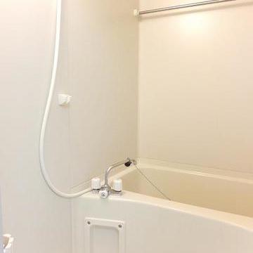 お風呂は普通ですが、浴室乾燥ができます。