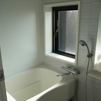 窓のあるお風呂は羨ましい!